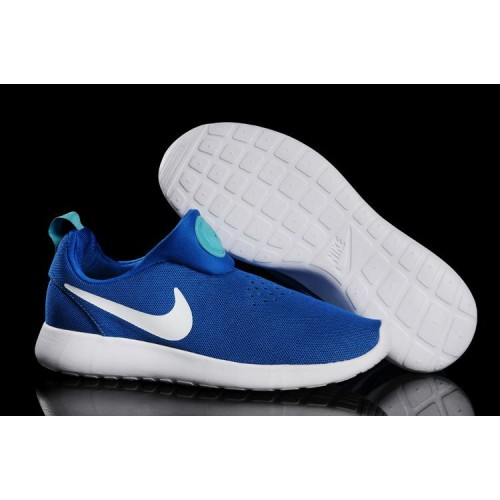 nike roshe run blauw wit